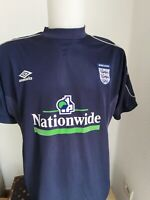 superbe maillot  de football angleterre umbro taille L vintage