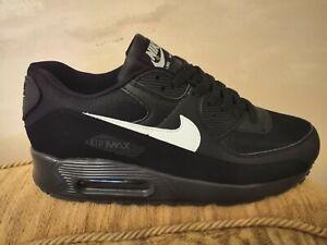 BRAND NEW Nike air max 90 size UK 9