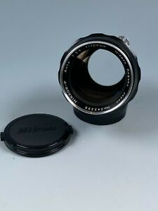 Nikon Nikkor-P professionally AI'D 105mm F2.5 Lens manual focus