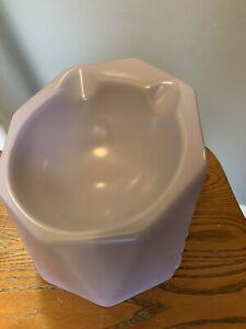 WULI Brand Raised Cat Bowl - Ceramic