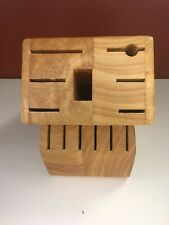 Farberware Wooden Knife Block Only    12 Slots Light Wood   Pre-owned