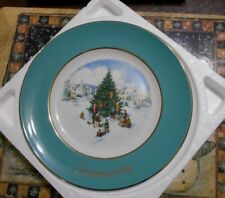 Avon Christmas Plate 1978 Timming the Tree