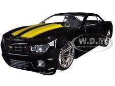2010 CHEVROLET CAMARO SS BLACK W/ YELLOW 1/24 DIECAST MODEL CAR BY JADA 96762