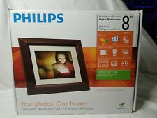 "Philips Home Essentials Digital PhotoFrame 8"" LCD Panel Mahogany Wood Frame"