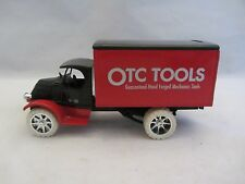 Ertl Mack Bulldog Delivery Truck Bank Red with Key & Box 1:38 Scale (115)