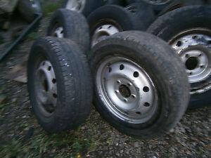 "spare wheel rim tyre is u/s 16 "" 5 stud renault master vauxhall movano van"