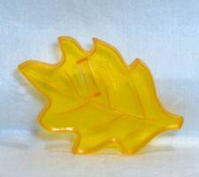 Amscan Vintage Plastic Cookie / Fondant Cutter - Petite Oak Leaf Thanksgiving