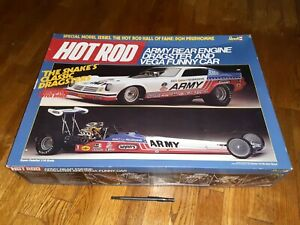 Huge Revell 7464 1/16 Don Prudhomme's Army Rear Engine Dragster & Vega Funny Car
