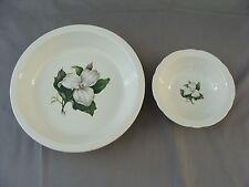 2 Vintage Bowls With Trillium Flowers = 1 Dessert Bowl & 1 Serving Bowl