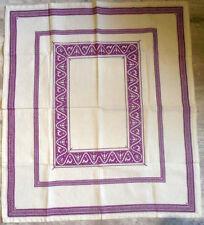 Nappe brodée point de croix compté chimère Tablecloth embroidered handmade