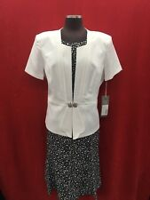 TALLY TAYLOR DRESS SUIT/NEW WITH TAG/RETAIL$149/SIZE 22W/NEW WITH TAG/LENGTH44'/