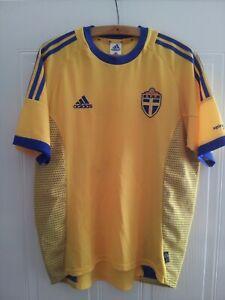 Sweden Vintage Football Shirt Home 2002/04 Mens Soccer Jersey Trikot Camiseta