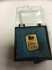 Vintage White Castle Restaurant Gold Tone 10 Year Service Pin New Old Stock