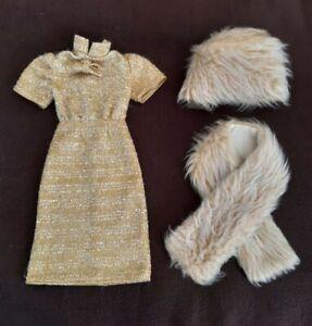 Tenue Élégante Habillage Poupée Cathie BELLA Vintage Robe Dorée et fourrures