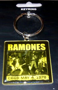 THE RAMONES Cbgb May 4 , 1978 Keyring Keychain Metal Rock Official Merchandise
