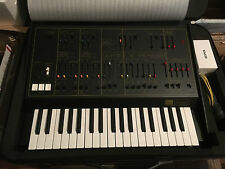 Korg ARP Odyssey MKII 37-note Keyboard  Analog Synth Rev 2  w/case //ARMENS//.