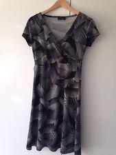 Next Dress V Neck Wrap Front V Neck Patterned Size 8 <251kc