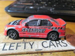 SUNTOYS RED LEXUS IS300 SPEEDWAY CAR (L9836) SCALE 1/64 - DIORAMAS!