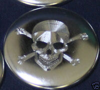 Pin Button Badge Ø25mm Tête de Mort Skull gravure couleur métal