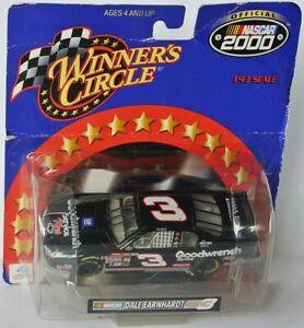 Dale Earnhardt sen. #3 NASCAR Chevrolet 2000 Goodwrench Service 1:43
