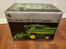 John Deere model 9750 STS Combine Tractor Series 2 Precision 1:32 ERTL w/ Box