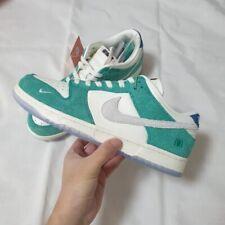 Nike kasina Dunk Size 9