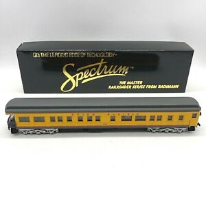 Bachmann Spectrum HO 89326 Union Pacific 72' Heavyweight Observation UP 1503 Box
