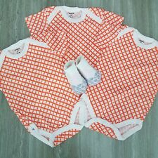 New Carters Love Baby Girl 4 pc Set 0-6 months 3 Bodysuits & 1 pair of socks