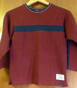 Boys Size 7X Long Sleeved Oshkosh Crew Neck Sweater