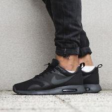 Nike Air Max Tavas 705149-010 Black Sportswear Running Shoe Sz 9.5