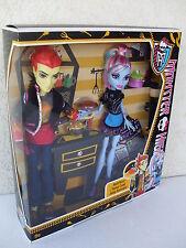 Mattel Bbc82 - Monster High Abbey e Heath a Scuola