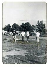 ELVIS PRESLEY VINTAGE B/W CANDID SNAPSHOT - MEMPHIS, TN - OCTOBER 16, 1960