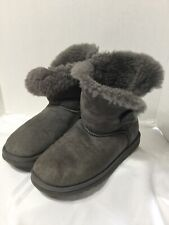 UGG Australia Bailey Button 5803 Gray Ankle Winter Boots Size 6 Womens