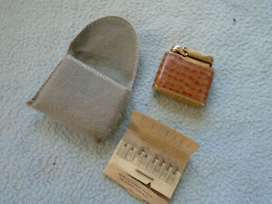 Vintage Calibri Lighter with Pouch