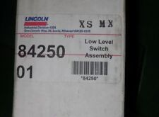 Lincoln Industrial 84250 Low Level Switch Assembly New In Box N6
