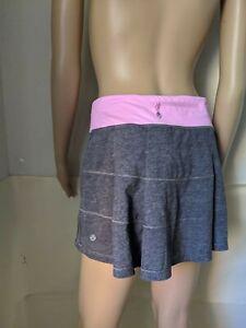 Lululemon Skirt/ Skort Size 6 SMALL, High Rise  Color Gray/Pink