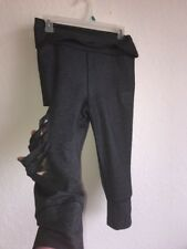 Womens Ripped Gray Yoga Pants Size M? Capri Inside Drawstring See Logo For Brand