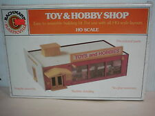 Bachmann Plasticville Ho Scale Toy & Hobby Shop Model Building Kit #2931 Nib