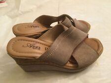Azura Women's Beige  suede Vera Pelle Wedge Sandals 36 Made in Italy