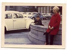 Portrait Parking voitures coccinelle Volkswagen Citroën 2cv photo ancienne an.70