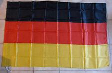 DRAPEAU ALLEMAND 100 % POLYESTER FORMAT ENVIRON 90 cm X 140 cm ALLEMAGNE GERMANY