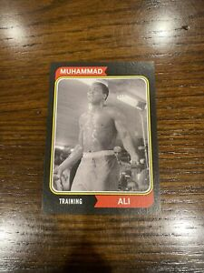 2021 TOPPS MUHAMMAD ALI PEOPLE'S CHAMP Black PARALLEL /56 Card #42 TRAINING