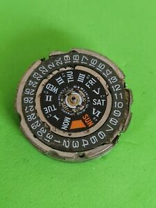 Vintage original Seiko pogue 6139B movement for parts doesn't work