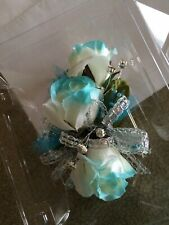 New listing Corsage