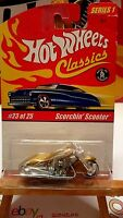 Hot Wheels Classics Scorchin' Scooter gold (9974)