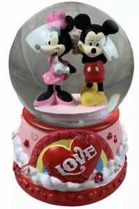 Disney Mickey And Minnie Valentine's Day  Snow Globe Walgreens Exclusive