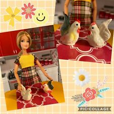Barbie & Friends,2 pc Hen/rooster,chicken figurines,Kitchen decor,accessories
