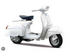 MAISTO 1:18 Vespa 125 GT 1966 MOTORCYCLE BIKE DIECAST MODEL TOY NEW IN BOX