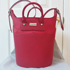 Stunningly Beautiful Hunter Limited Edition Original Red Rubber Base Bucket Bag*