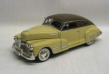 1948 Chevrolet Aersedan Fleetline Diecast Model Car, Beige, 1:32 Scale